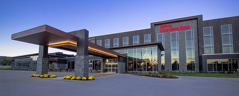 Hilton Garden Inn Wausau Entrance