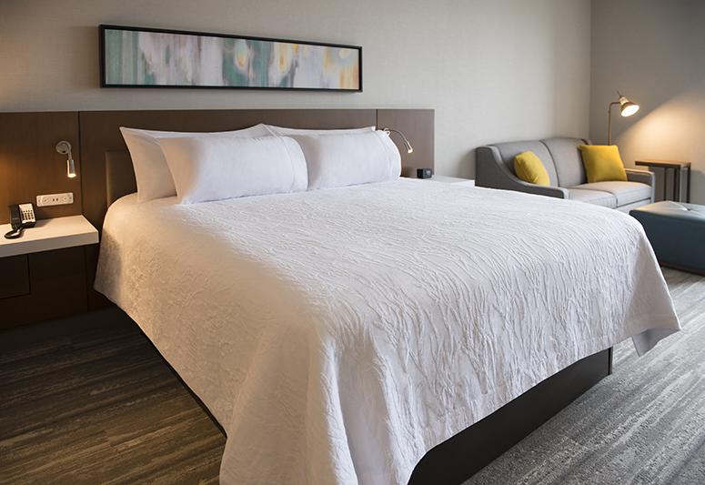 Hilton Garden Inn Standard King Guest Room